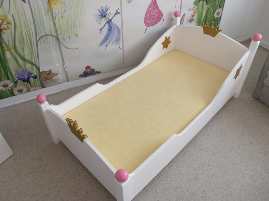 Kinderbetten Nach Ihren Vorstellungen Gefertigt.